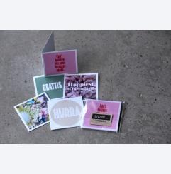 Färgglad mix av 5 kvadratiska kort